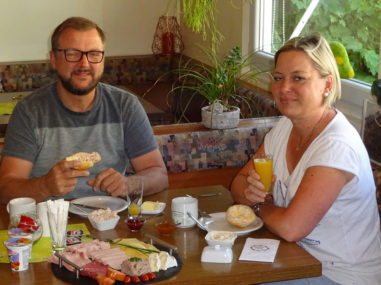 Frühstücken am Campingplatz Waischenfeld